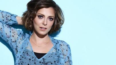 Rachel Bloom de Crazy Ex-Girlfriend : « les chansons parlent d'amour, et donc de sexe ! »